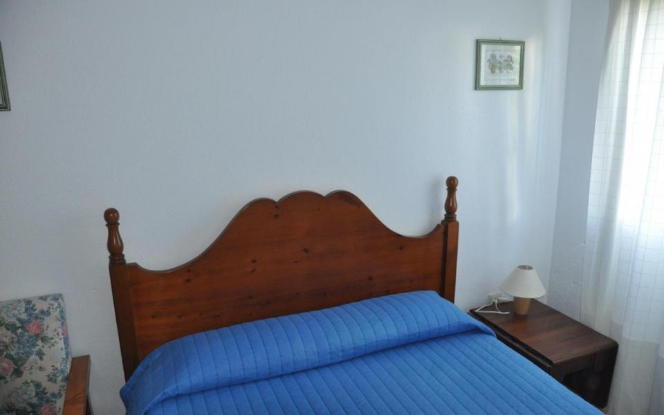 Bajo con jardín 3 dormitorios en Atlanterra Pueblo - Ref: 25