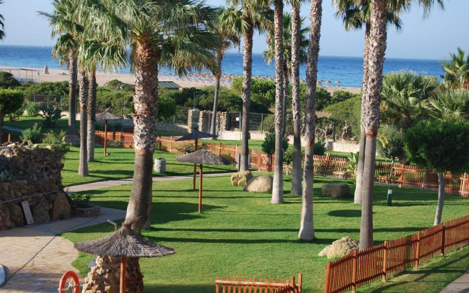 Casa adosada 3 dormitorios en Jardines de Zahara - Ref: 93